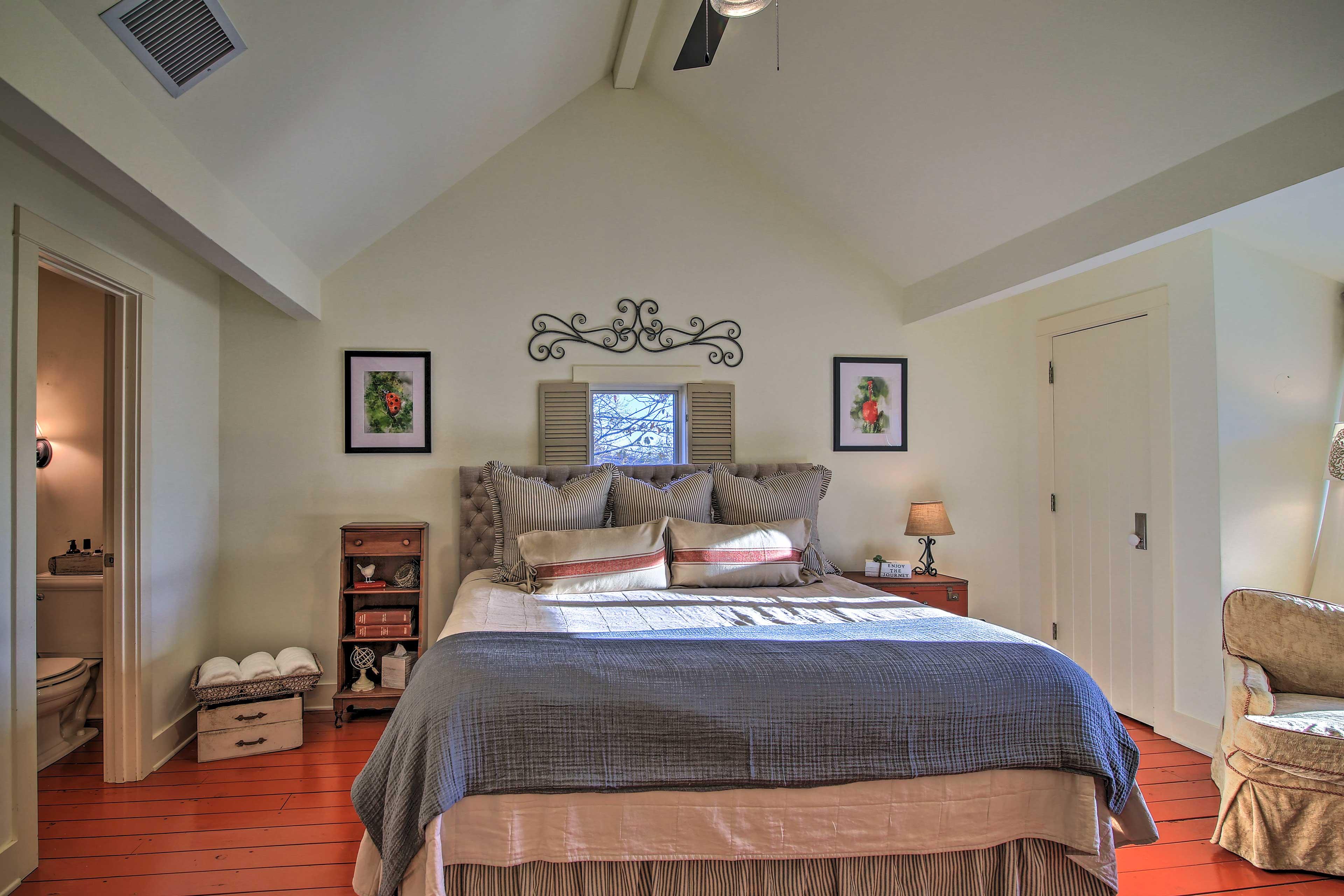 Bedroom 3 | Reading Nook