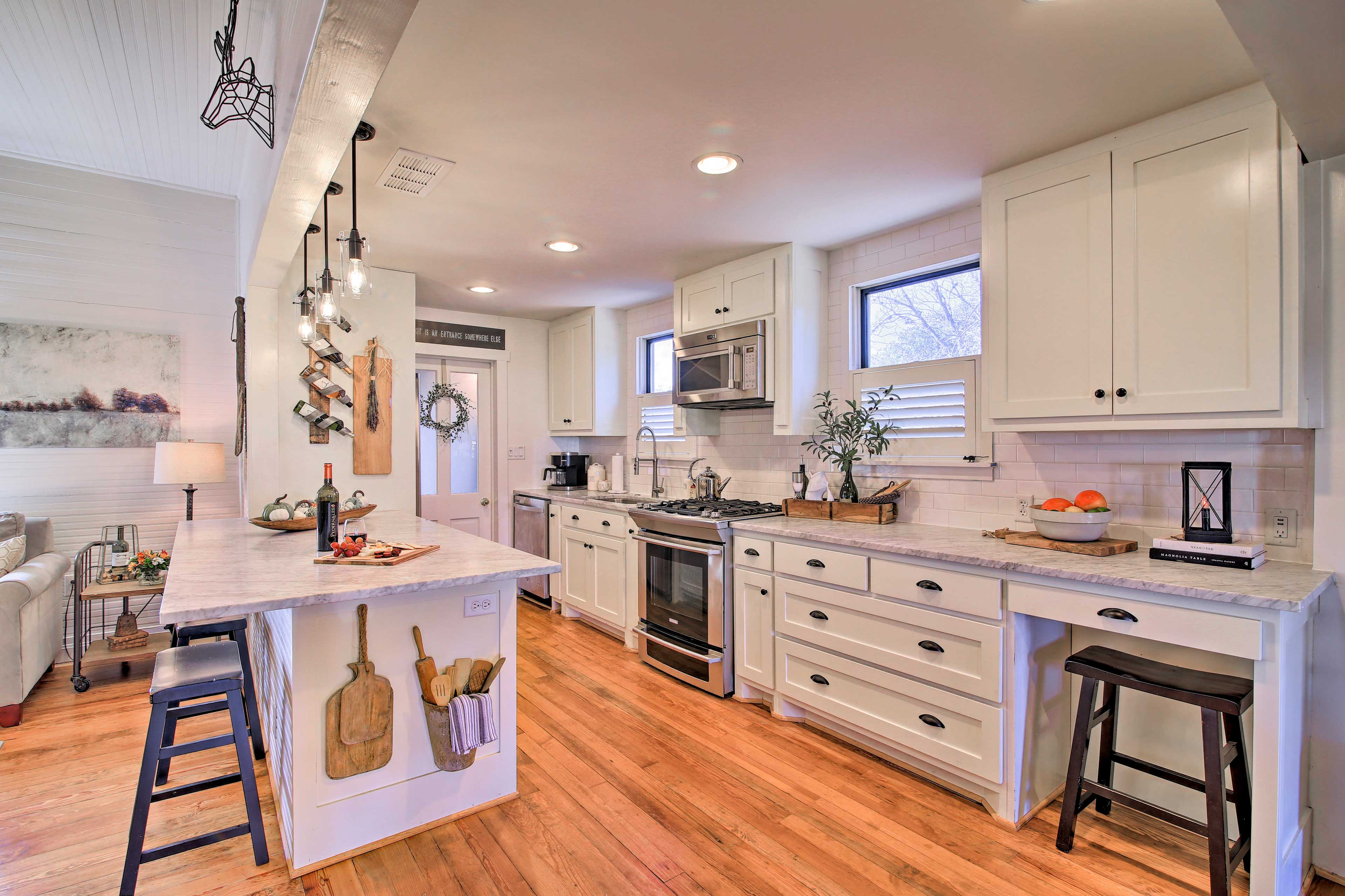 Kitchen | Full Equipped w/ Cooking Basics