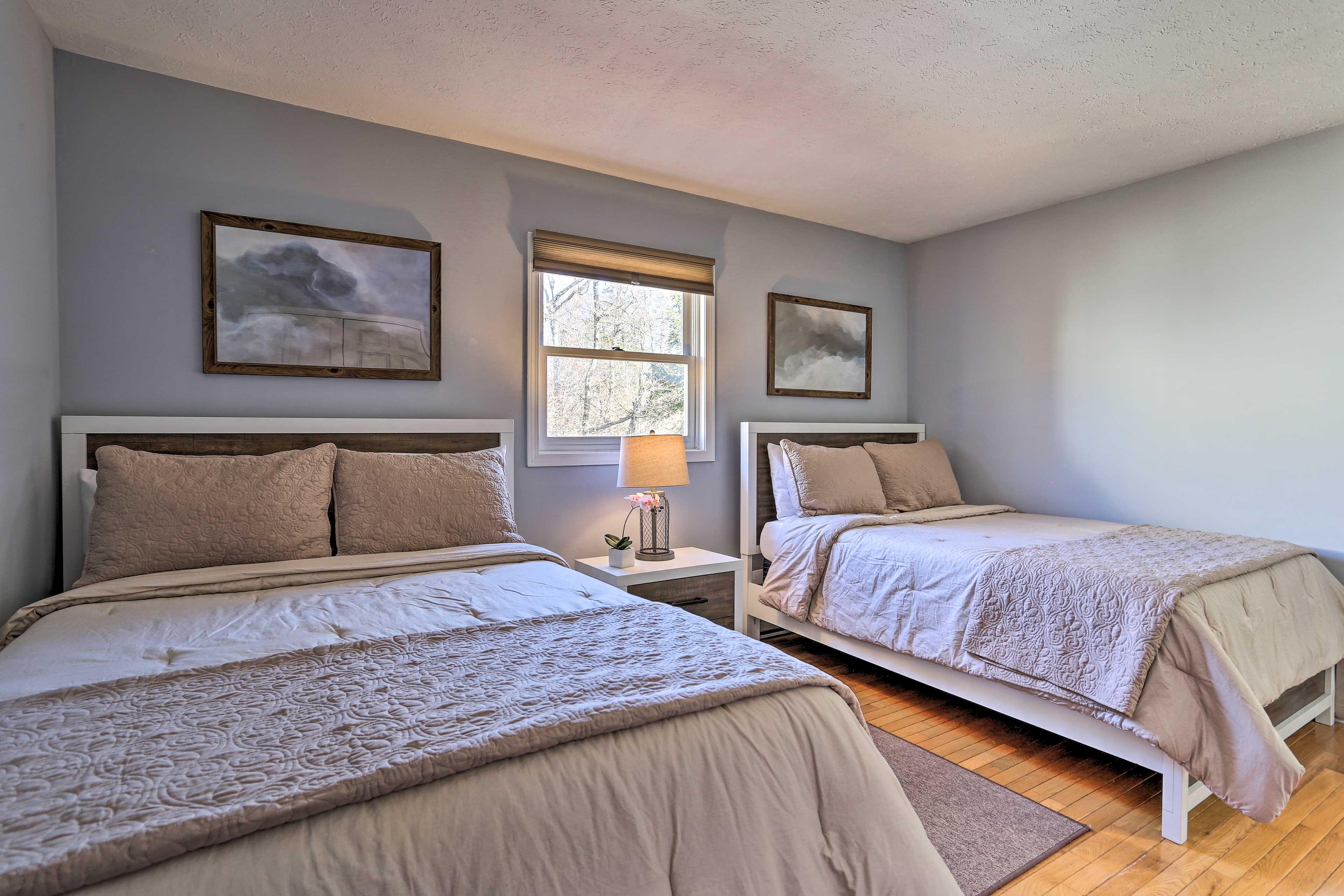 Bedroom 2 | 2nd Floor | 2 Full Beds