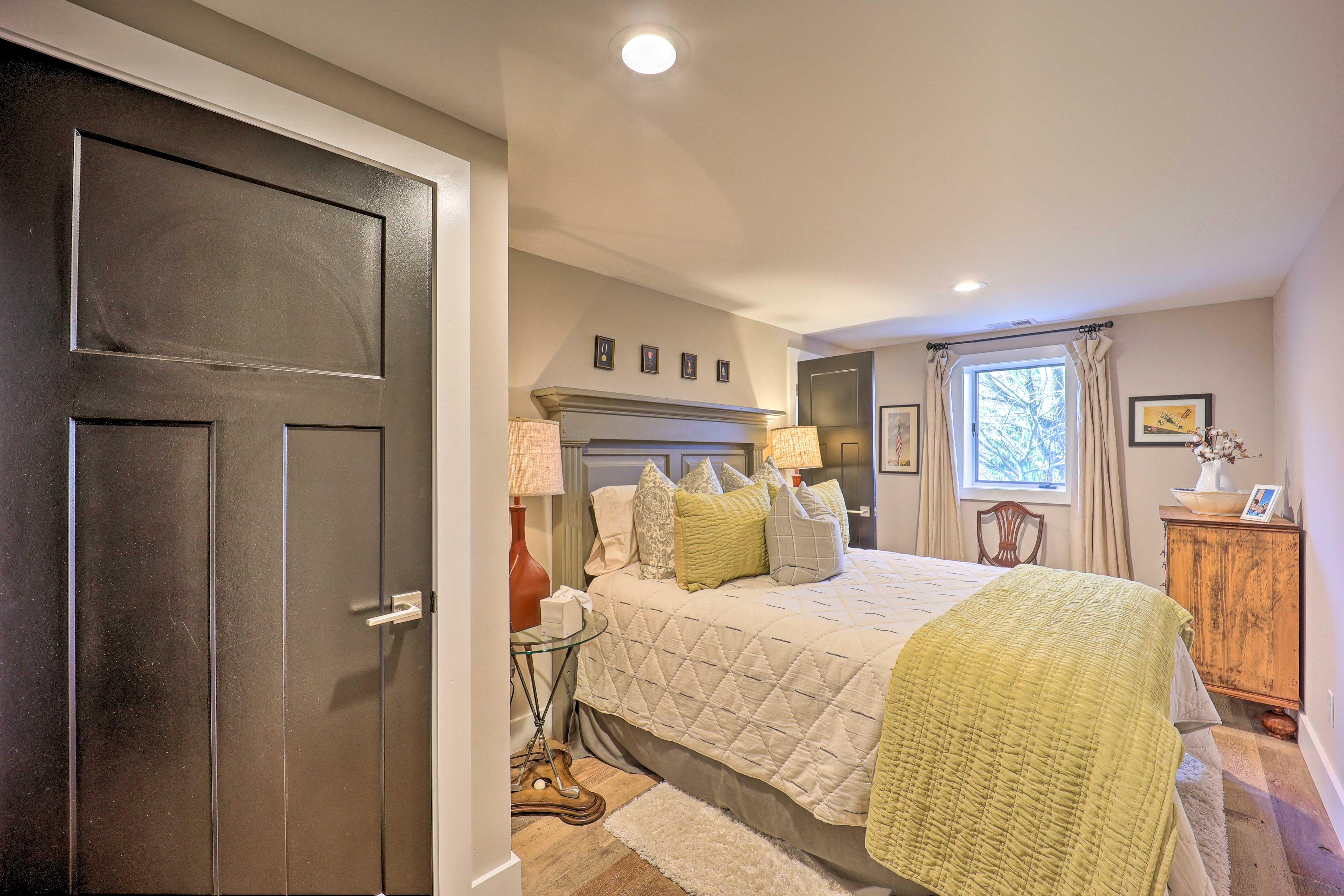 Bedroom 4 | Queen Bed | Lower Level