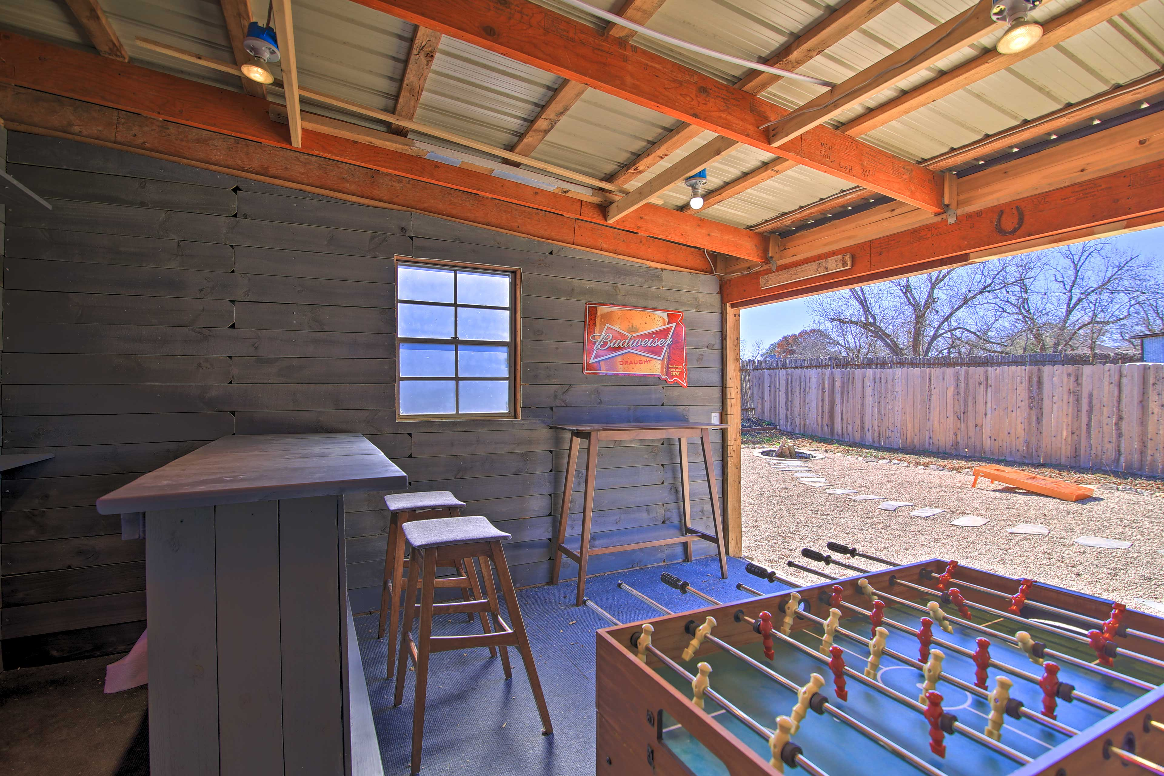 Private Backyard | Pet Friendly w/ Fee (Dogs & Cats only)