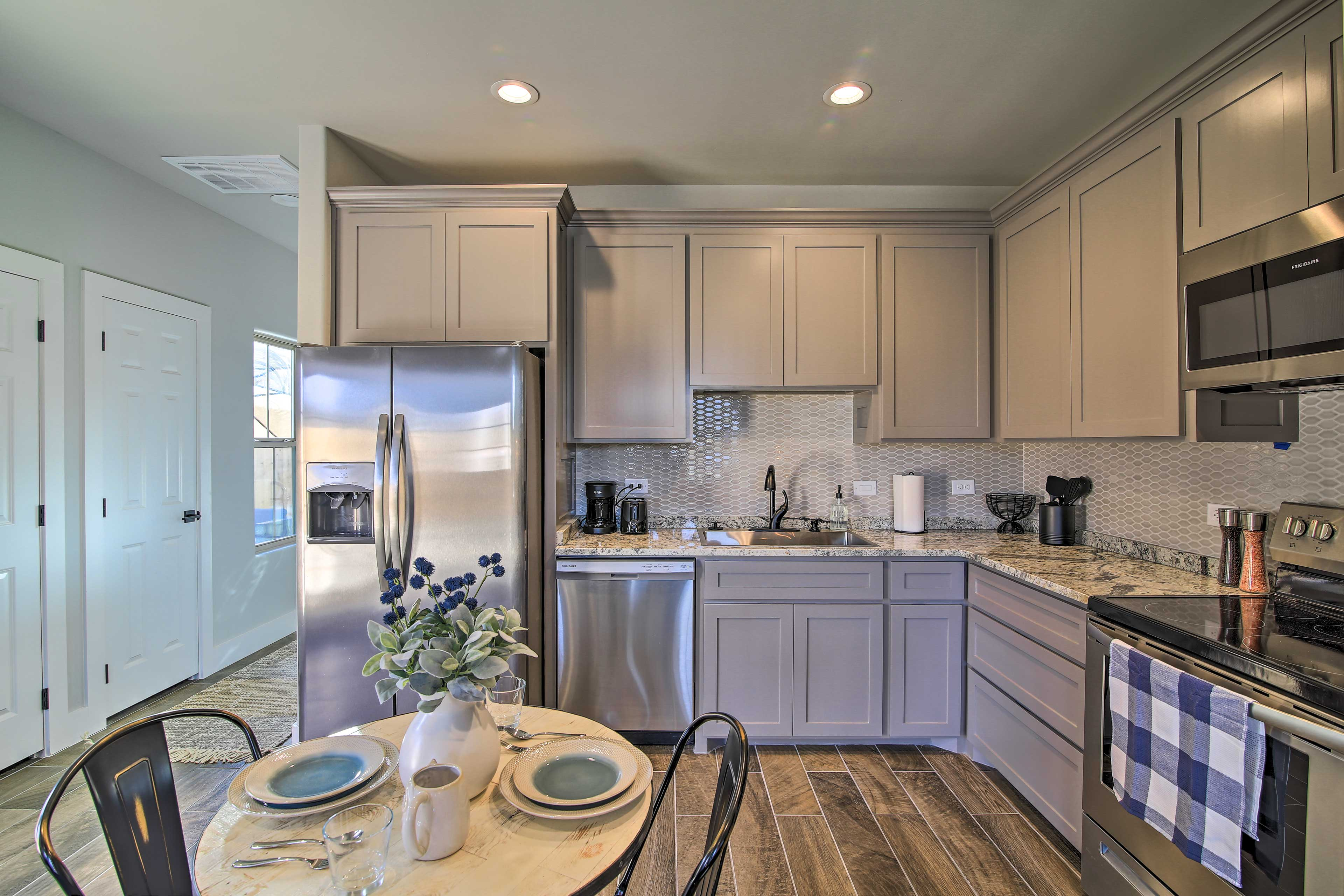 Fully Equipped Kitchen | Cooking Basics & Spices | Drip Coffee Maker