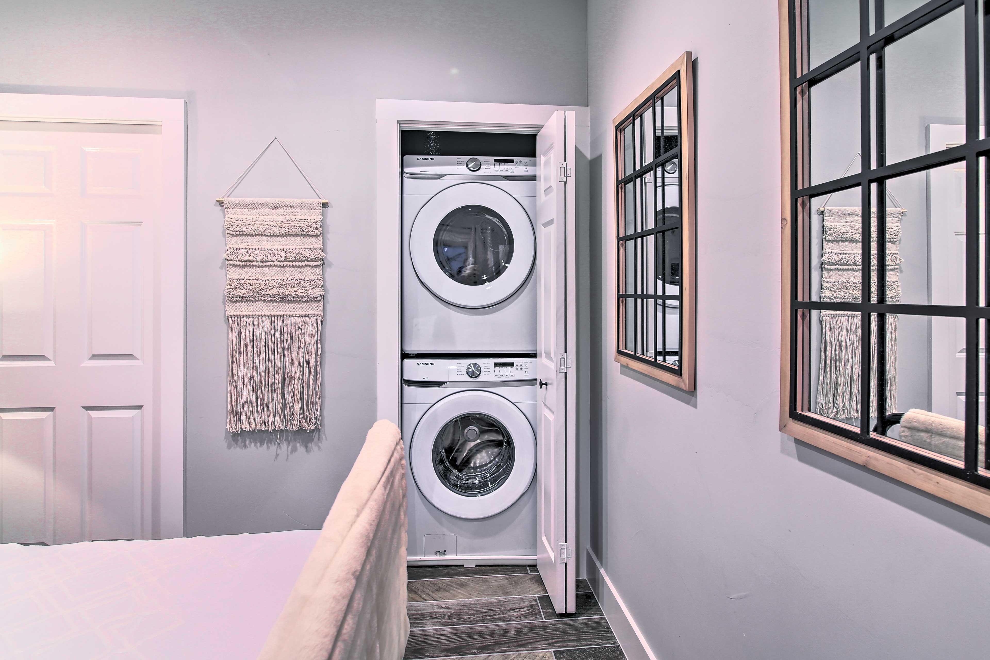 Bedroom | In-Unit Laundry Machines