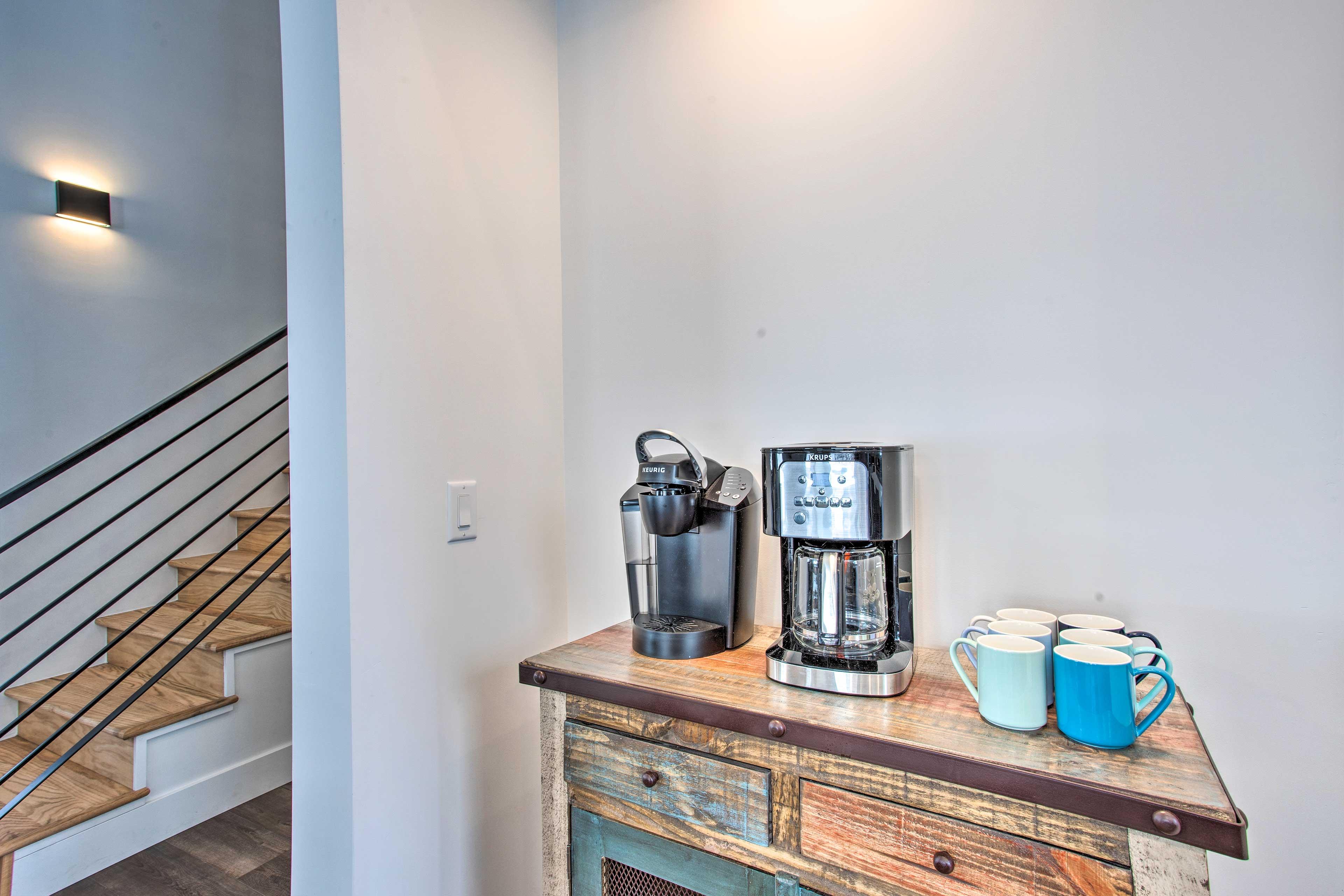 Dining Area | Coffee Bar