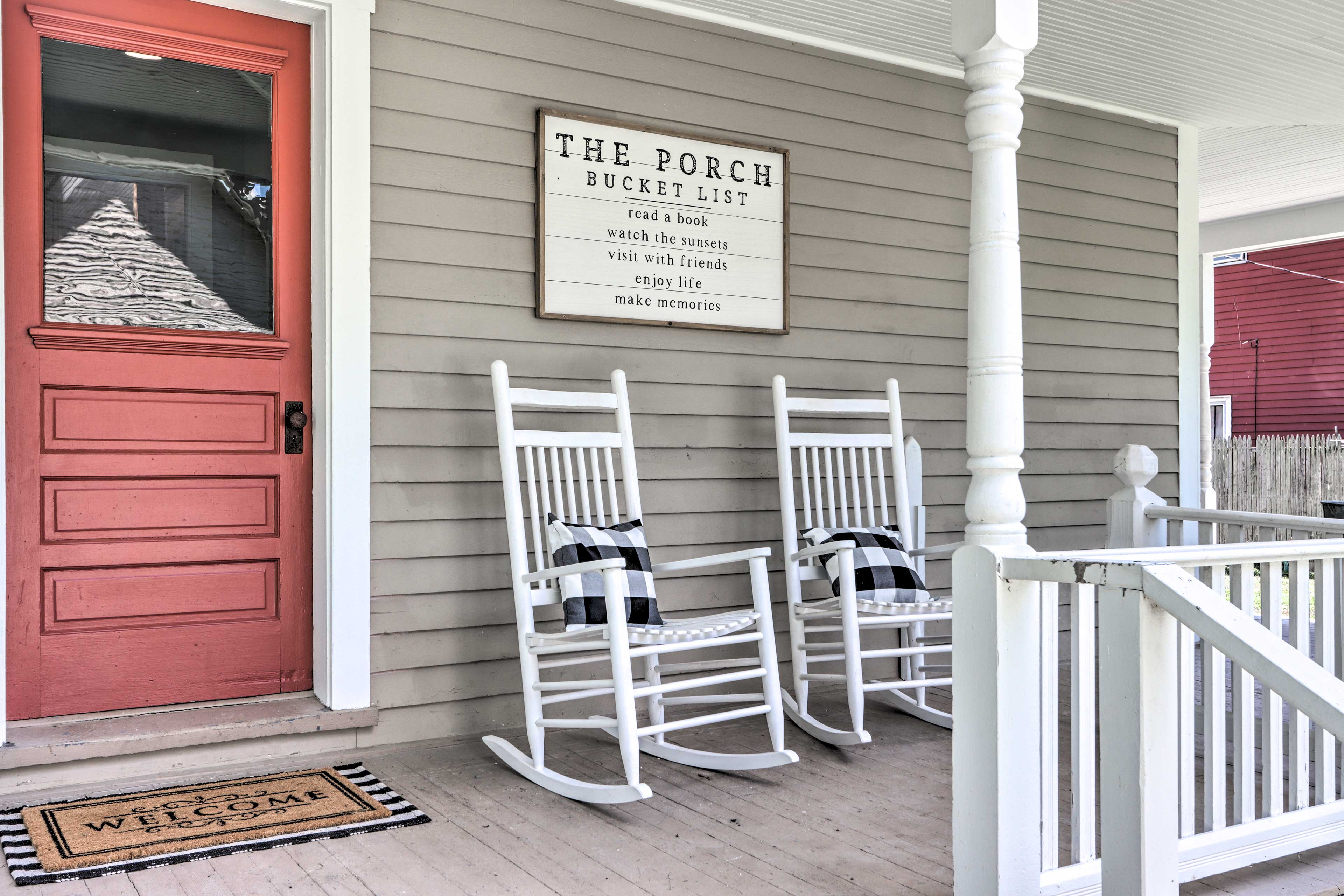 Shared Front Porch | Stairs Required | Keyless Entry