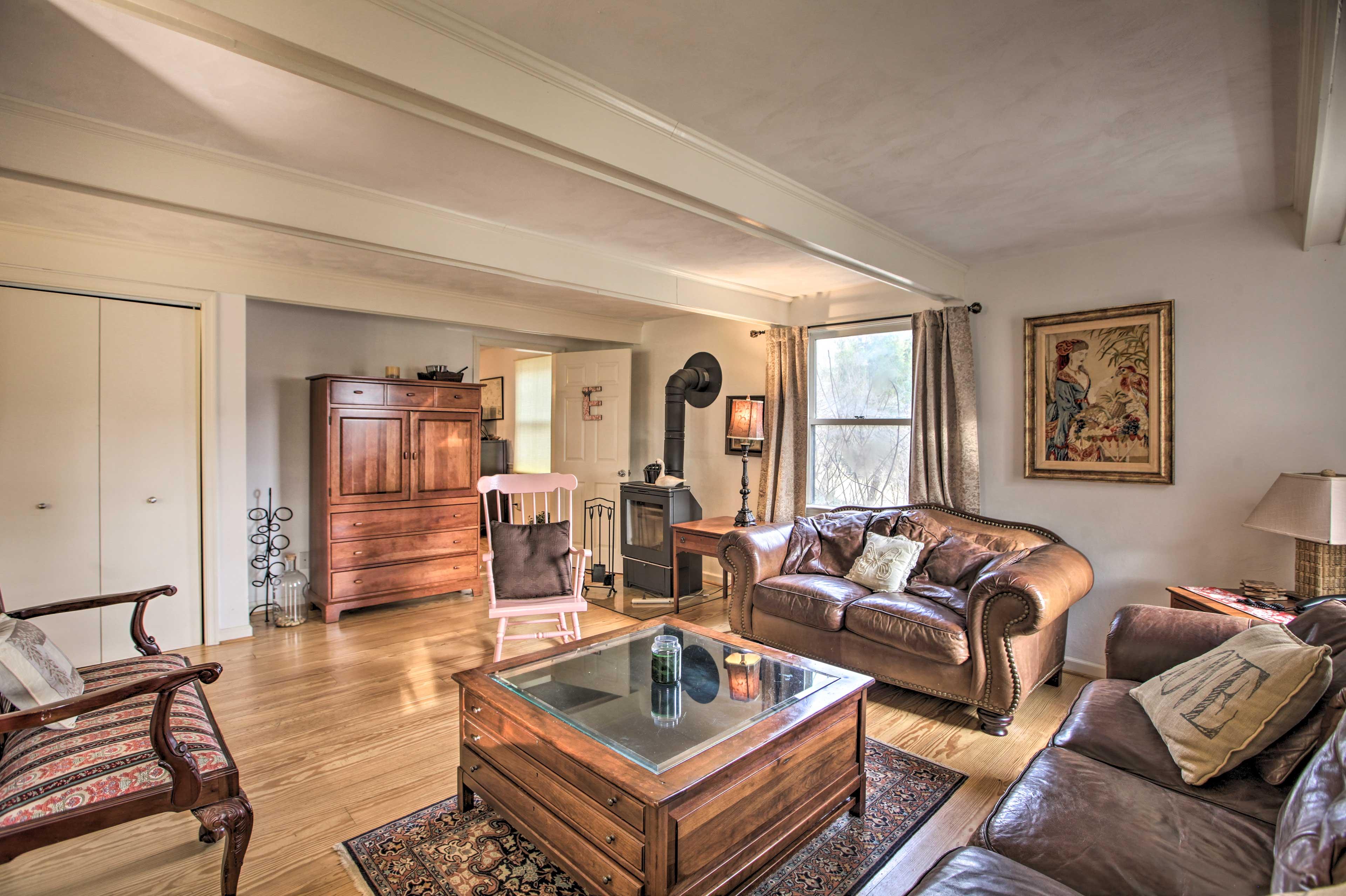 Living Room | 1st Floor | Fireplace