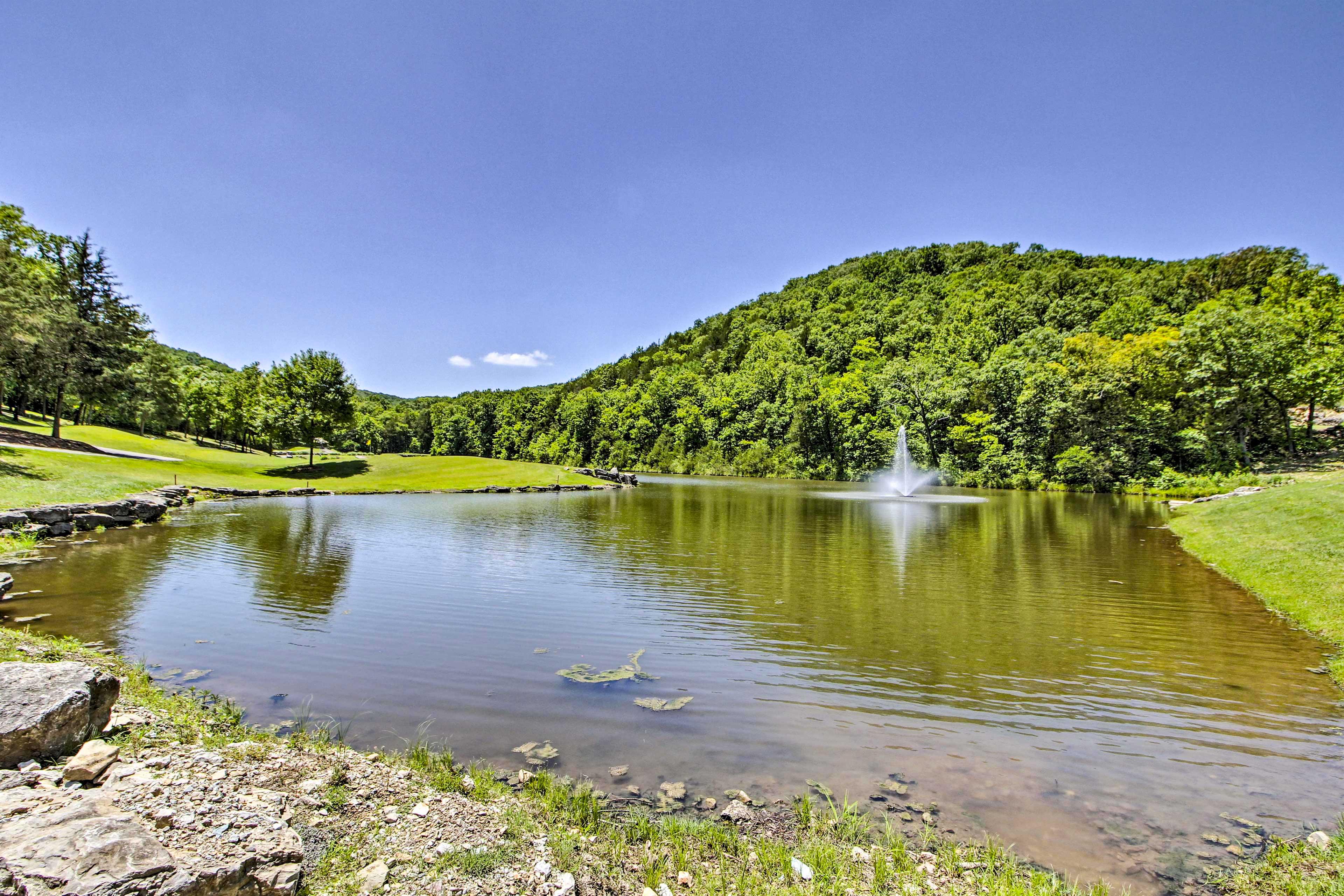 Community Amenities | On-Site Pond