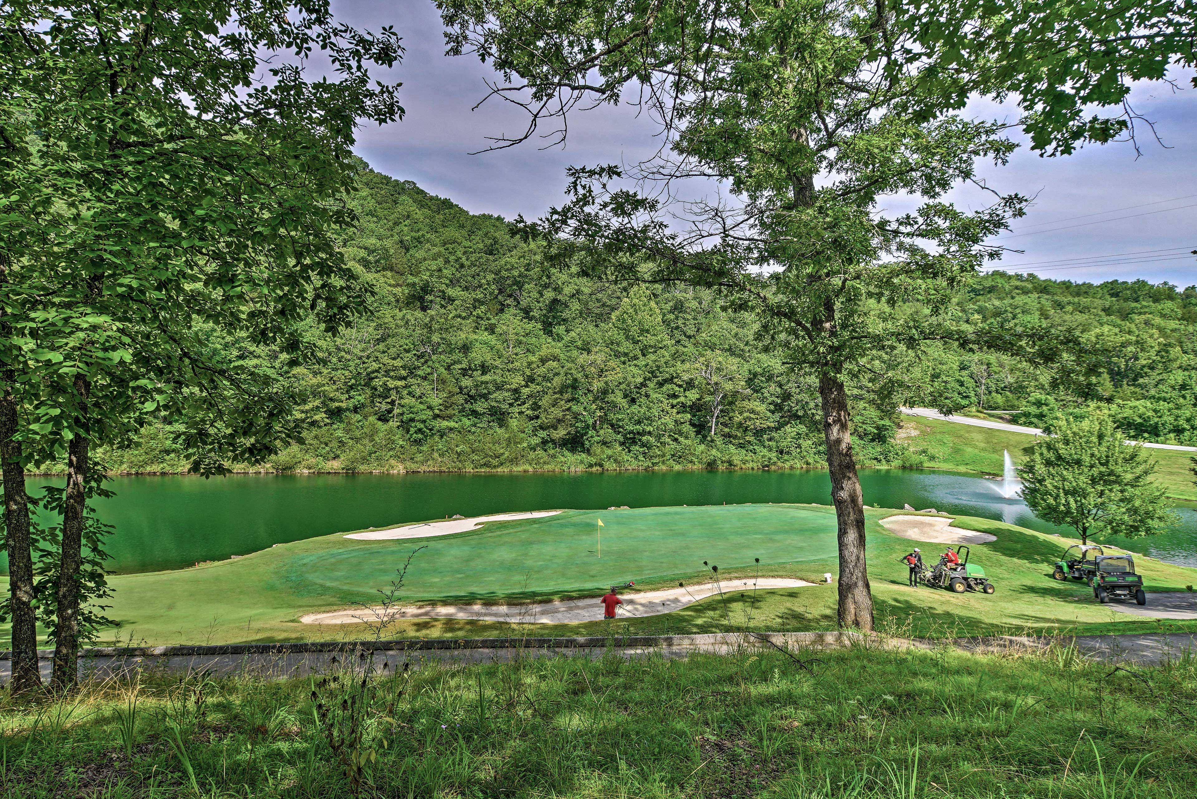 Community Amenities | Golf Course