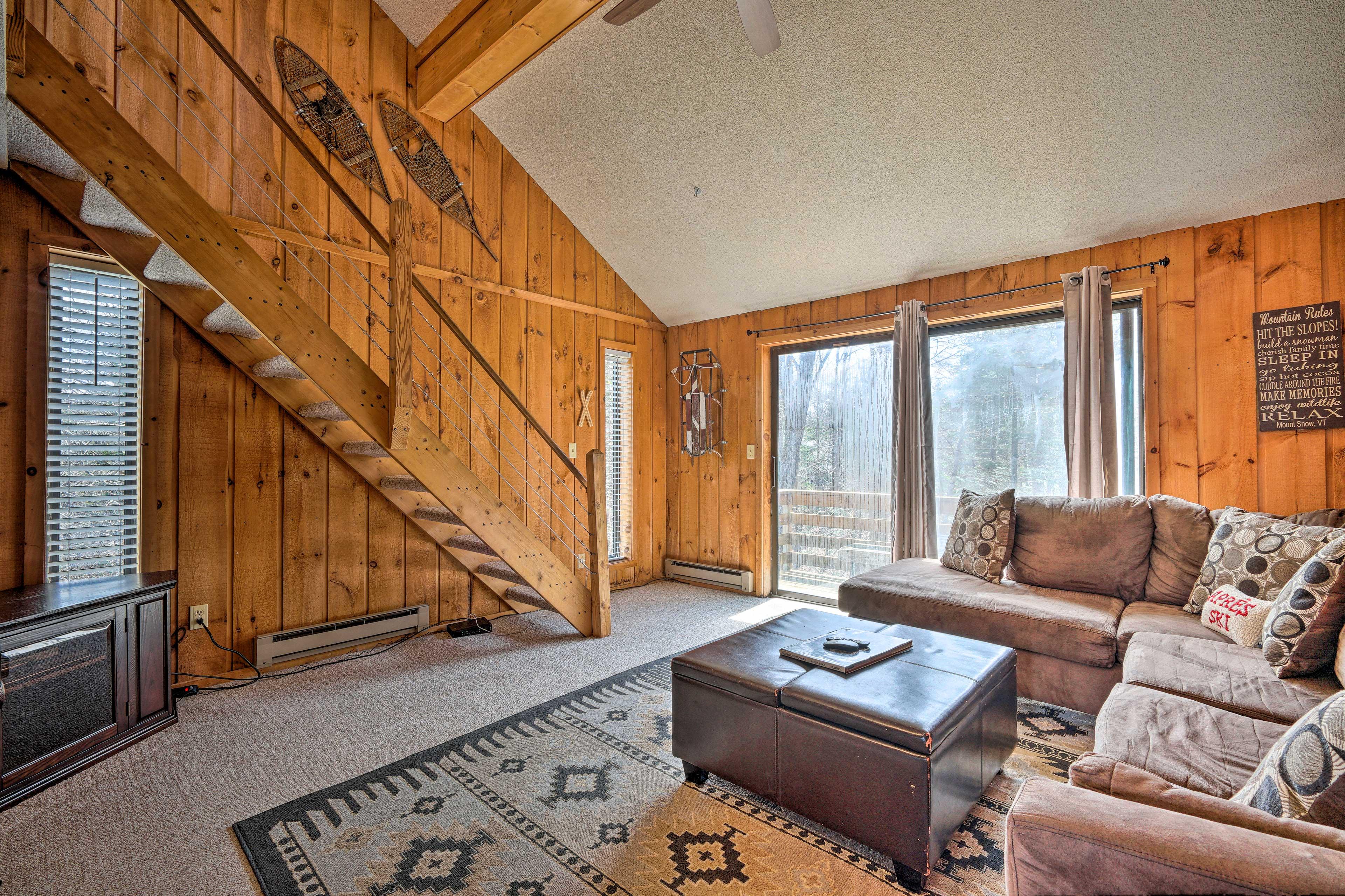 Living Room | 2nd Floor | Sleeper Sofa