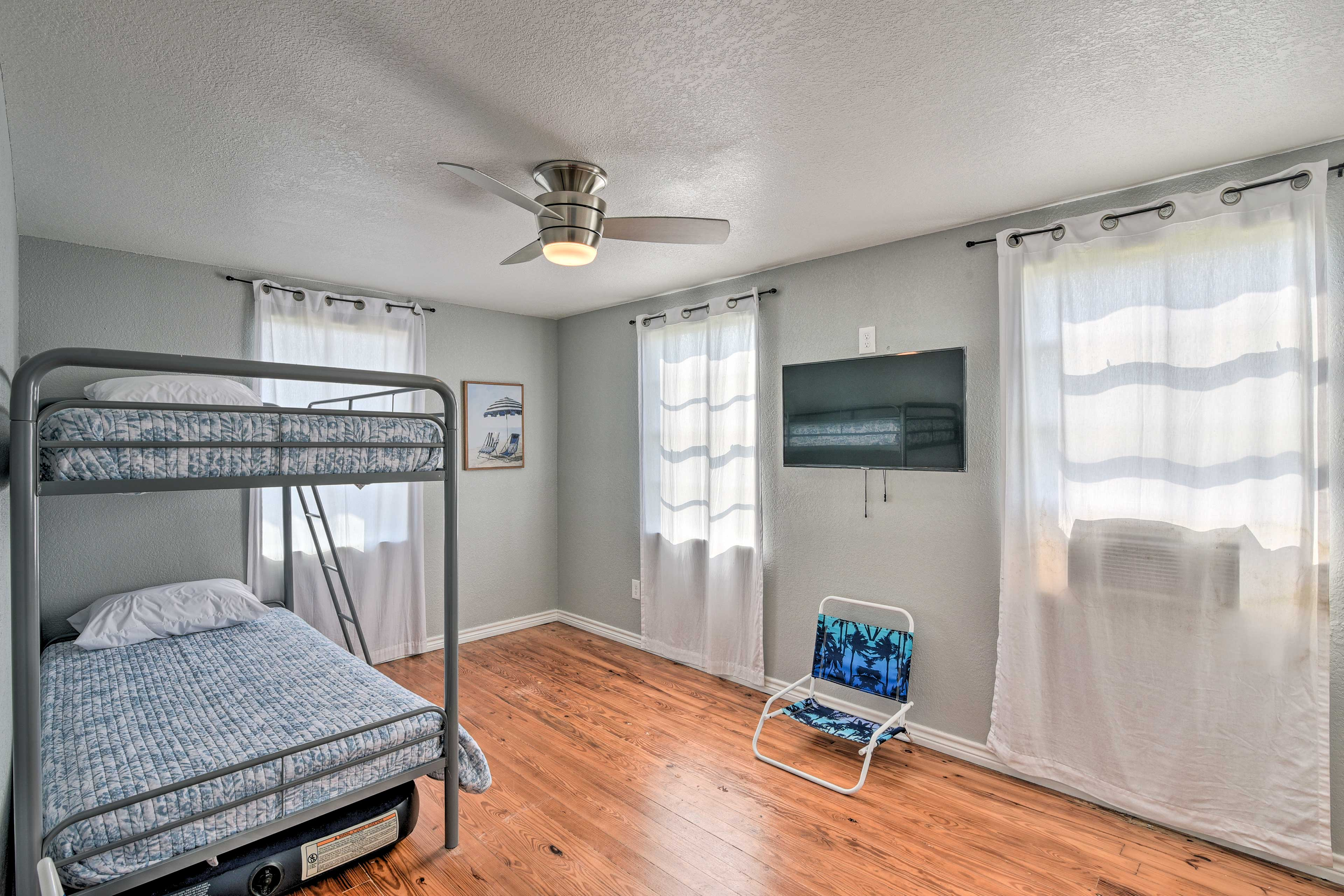 Bedroom 3   Twin Bunk Beds