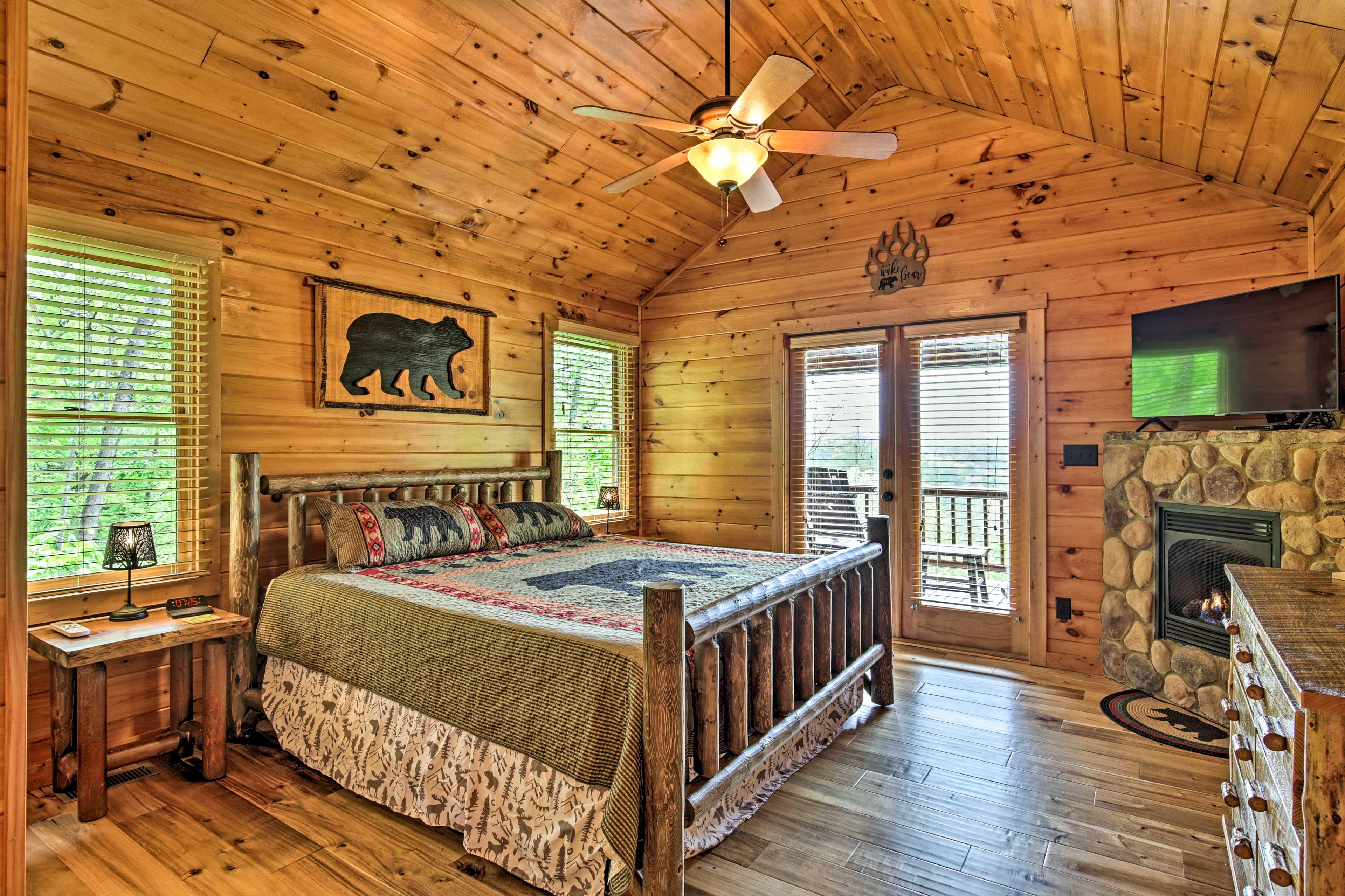 Bedroom 1 | 3rd Floor | Stairs Required | Smart TV