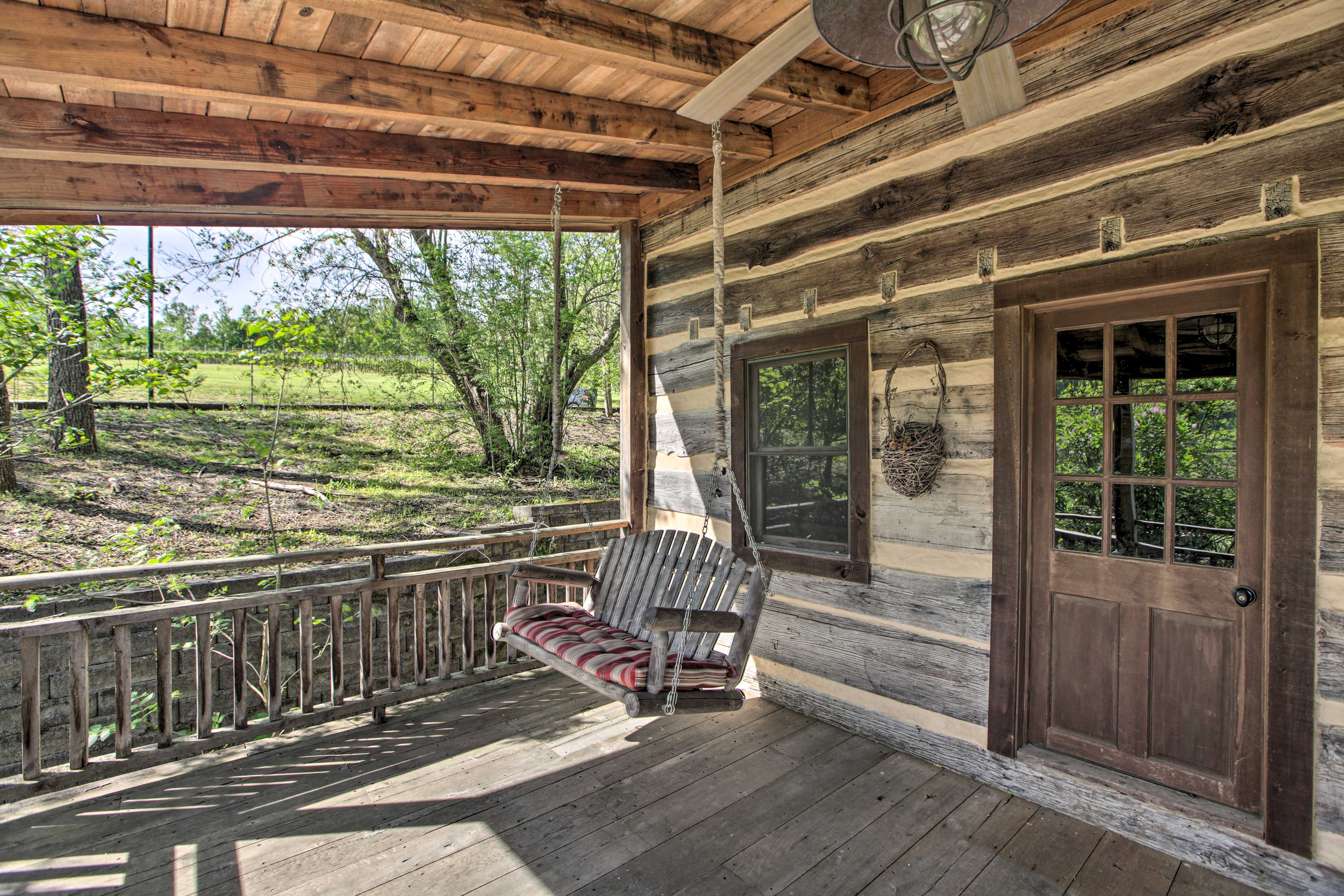 Cabin Entryway | Covered Porch