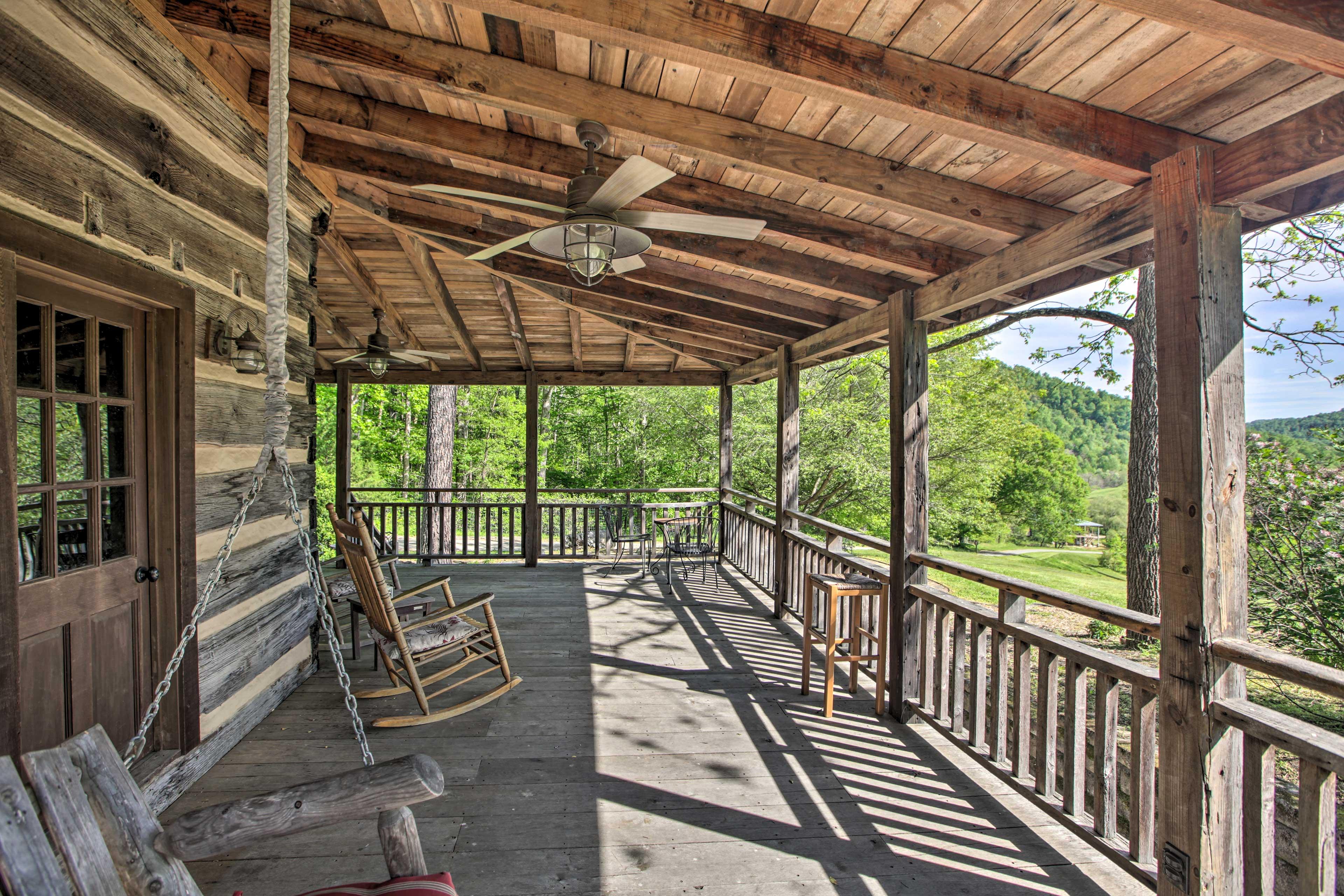 Covered Porch | Vineyard & Valley Views