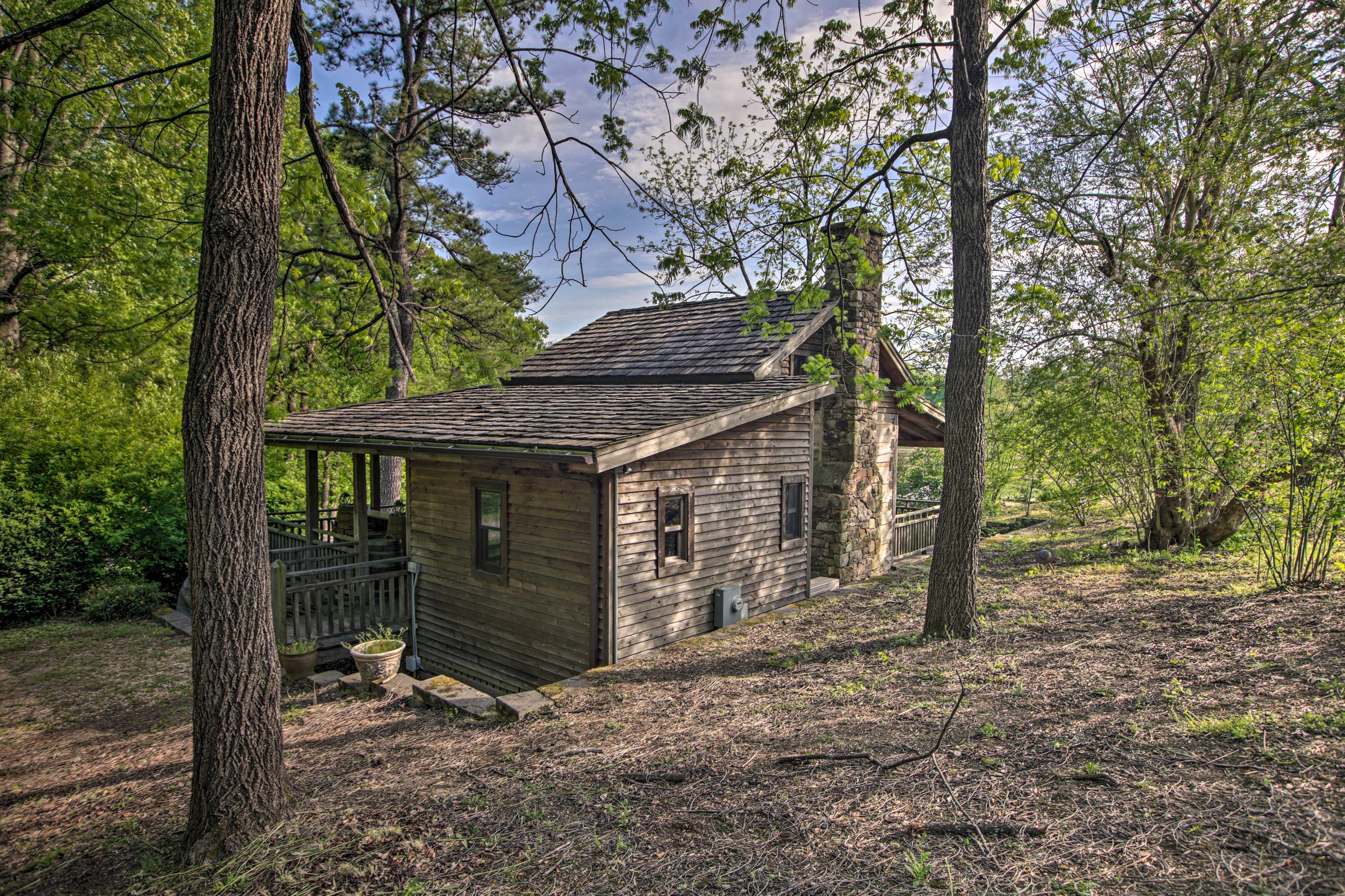 Cabin Exterior | Built in 1870