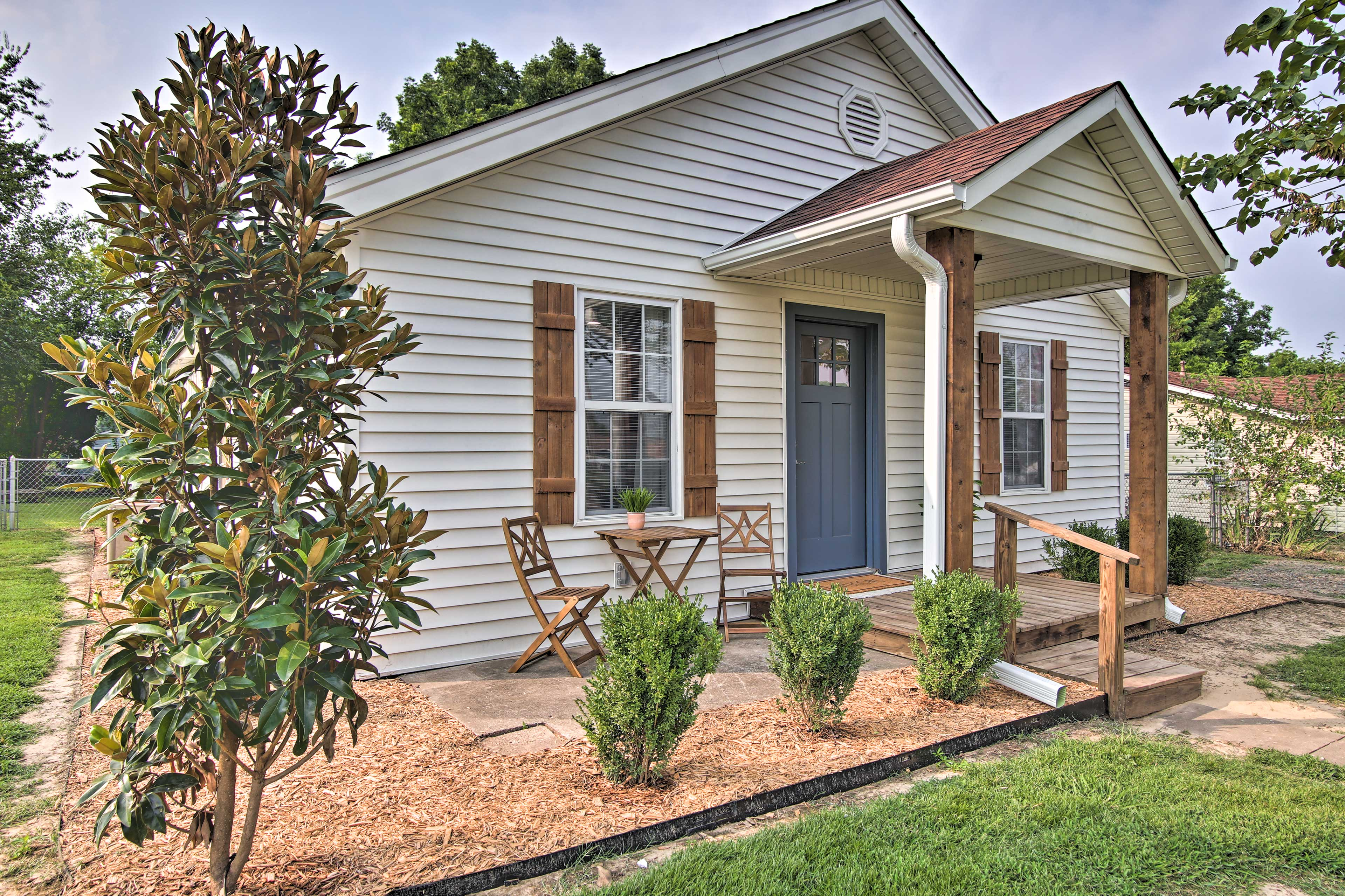 Fort Gibson Vacation Rental   3BR   2BA   950 Sq Ft   2 Small Steps Required