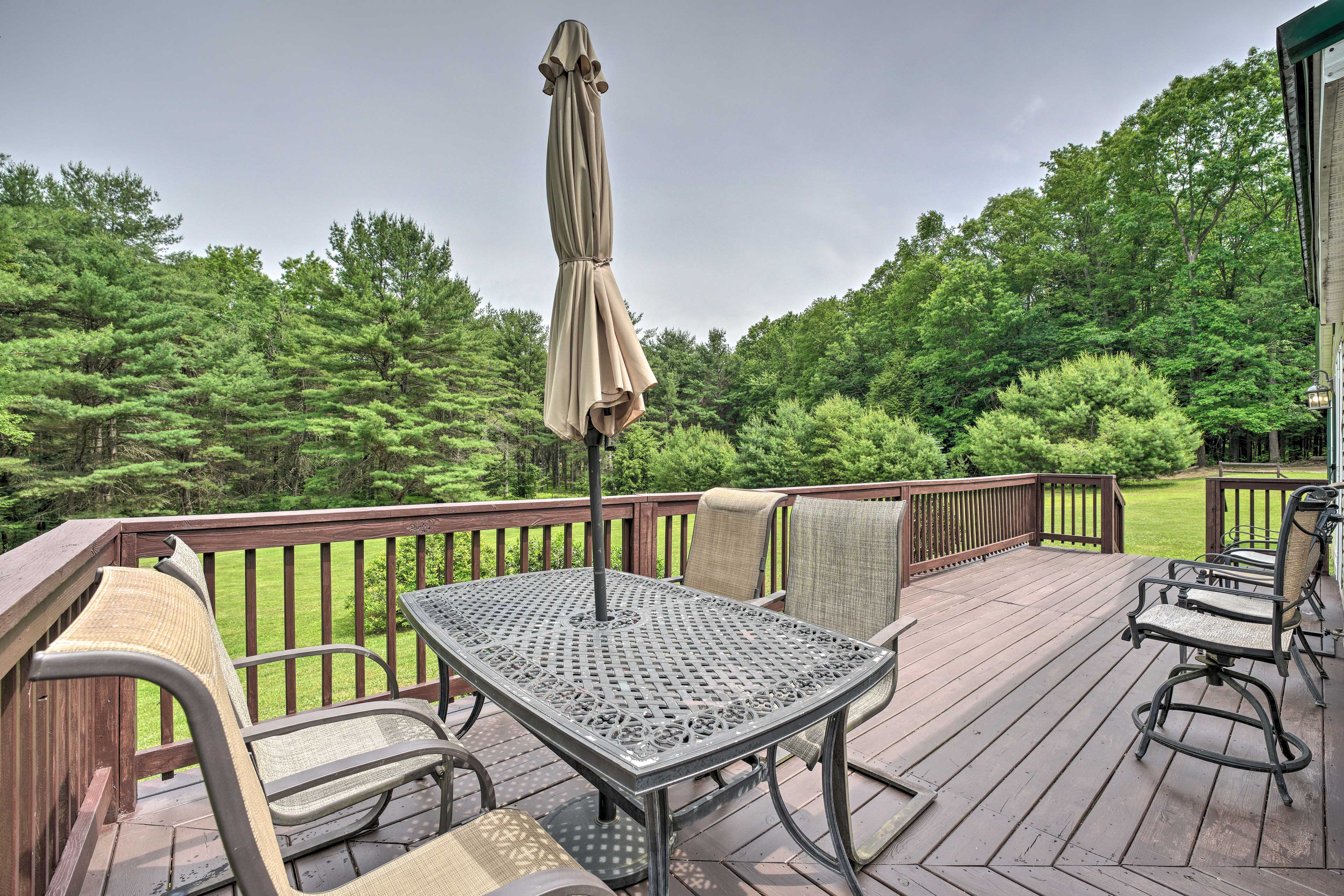 Benezette Vacation Rental | 3BR | 2BA | 1,260 Sq Ft | 1 Story | Steps Required