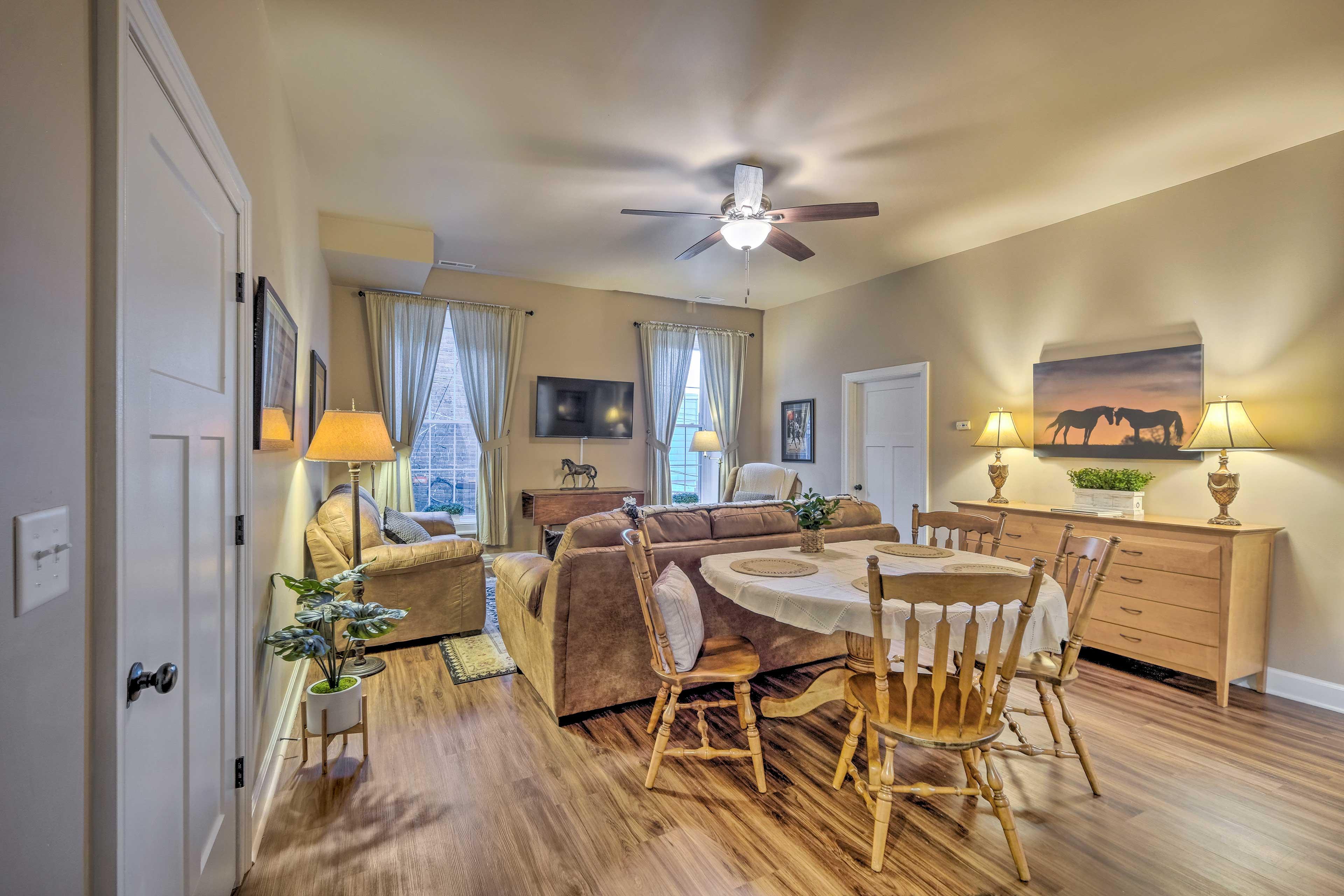 Living Room | Linens Provided