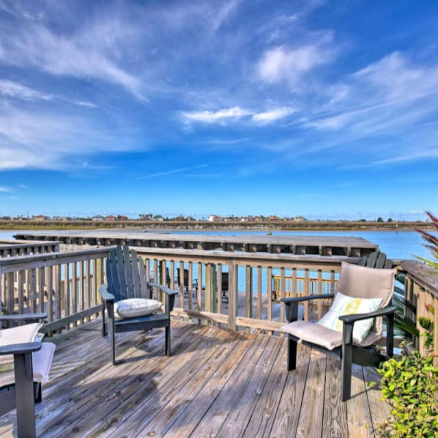 Vacation rental home deck overlooking water in Corpus Christi, Texas