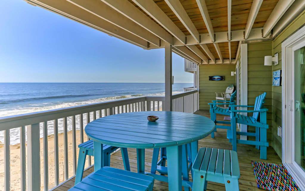 2BR Kure Beach Condo w/Ocean Views and Pool Access