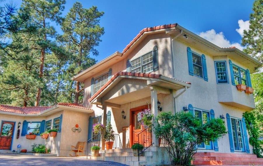 Elegant Colorado Springs Villa W Private Patio