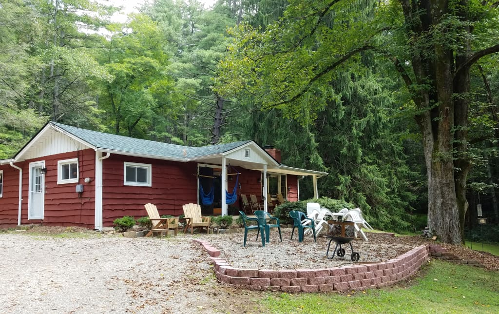 Rustic 3br Asheville Cabin W Swimming Pond