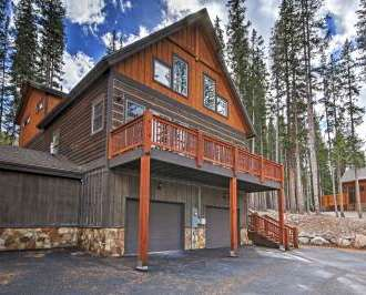 rental co breckenridge log luxury back cabin cabins vacation rentals yard by colorado winter
