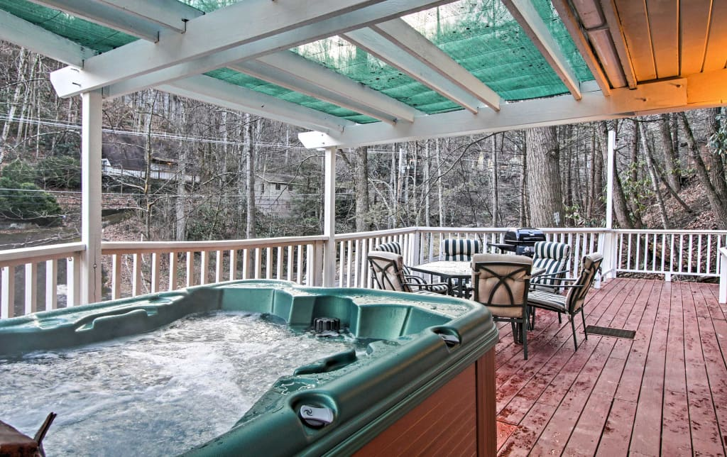 common stay a are deckfinal fun resorts you private many swimming and when smoky blog cabins amenities day to mountains pool while the gatlinburg including in pools way best hotels all have also why for with