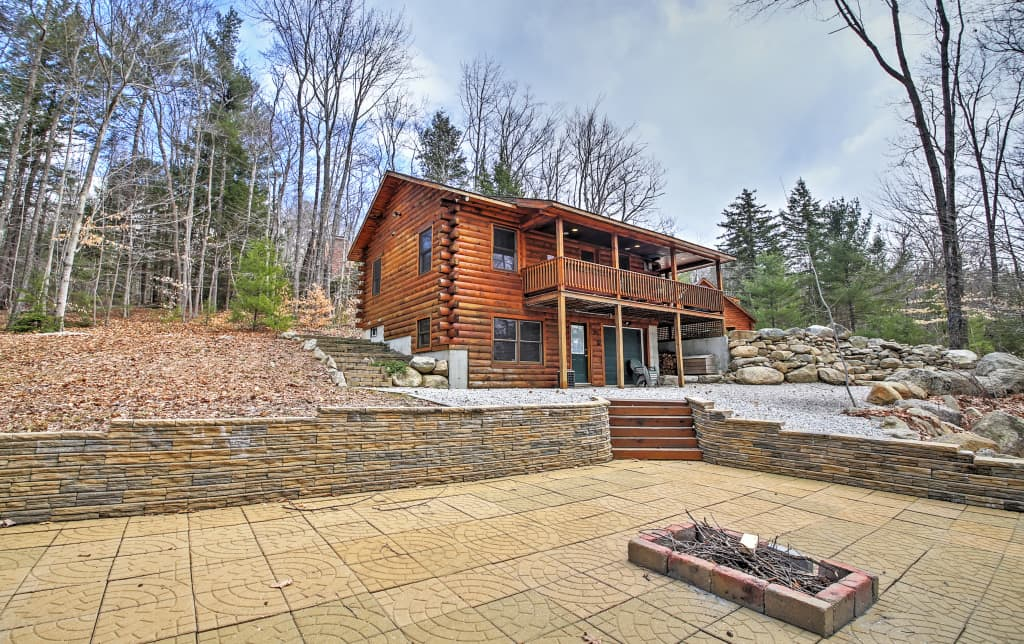 Tremendous 3Br North Conway Log Cabin W Private Hot Tub Interior Design Ideas Gentotryabchikinfo