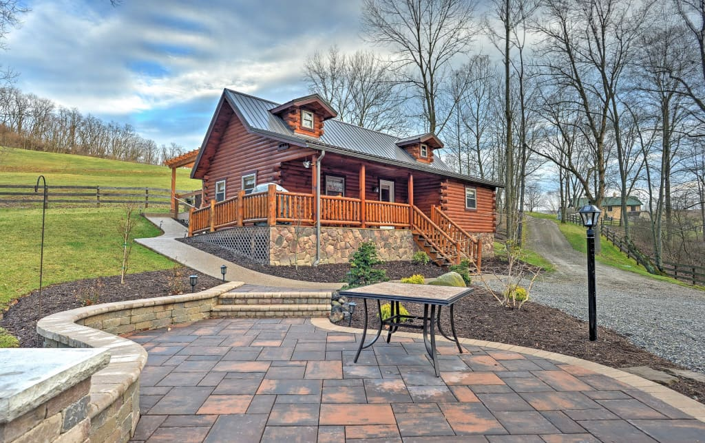 Rustic Dundee Cabin W Hot Tub Forest Views