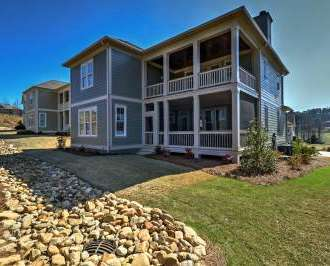 Spacious Home W 2 Decks In Reynolds Lake Oconee