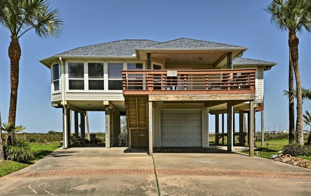 Superb Private Galveston House W Hot Tub Deck Views Home Interior And Landscaping Elinuenasavecom