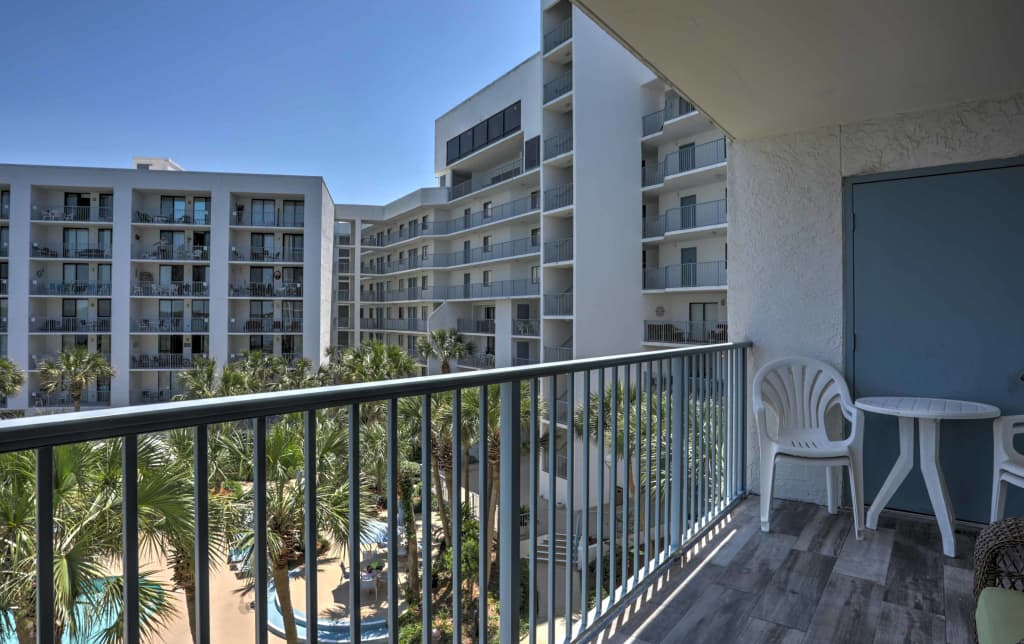 new 2br gulf shores condo w private beach