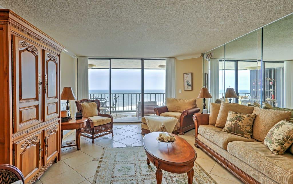 Oceanfront 2BR Myrtle Beach Condo W/ Pool!