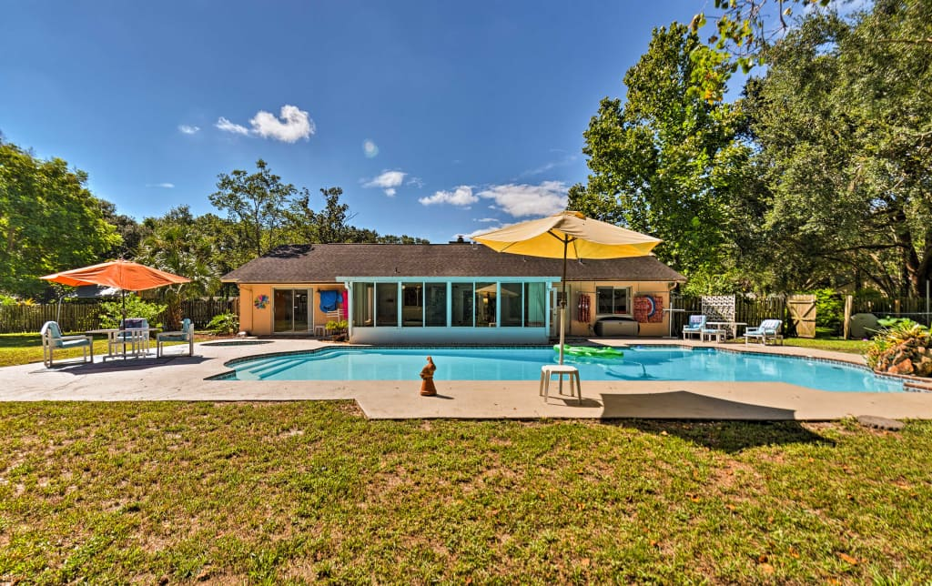 Longwood Family House W/ 1 Acre Yard U0026 Pool!