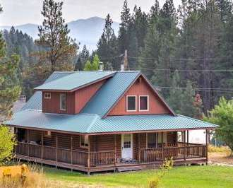 5BR Garden Valley Cabin W/Heated Pool Access!