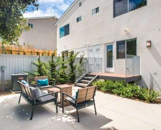 3BR Elegant Encinitas Townhome Near Beach!