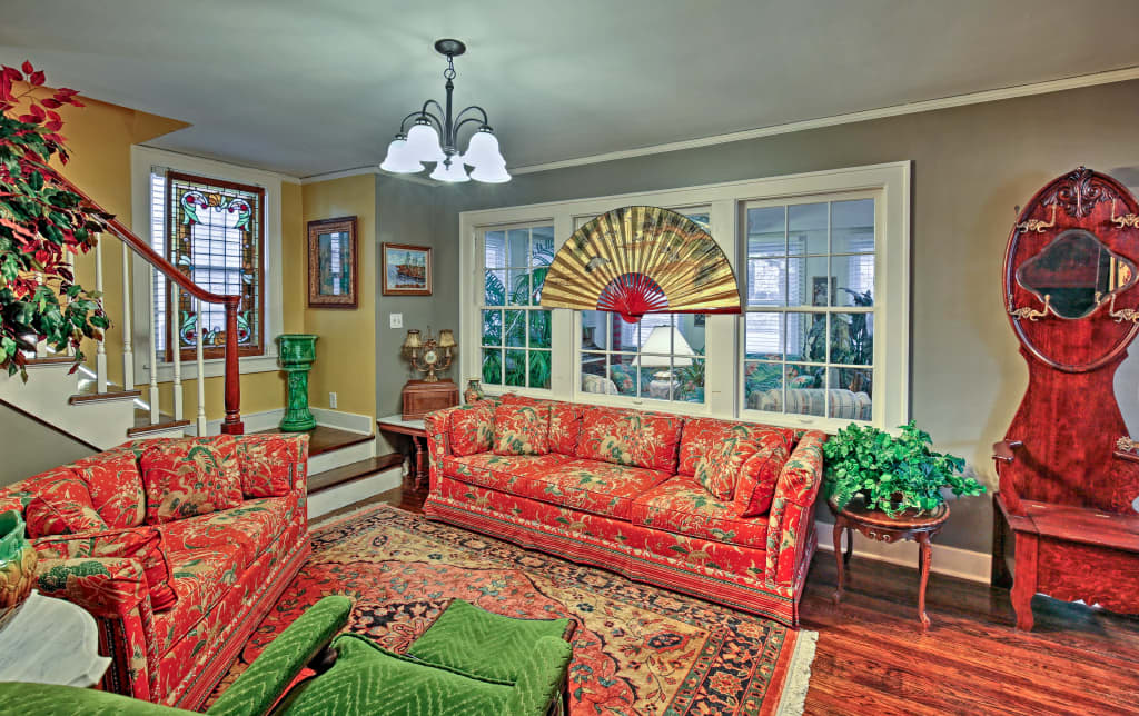 Peachy Historic Independence Home W Deck Walk To Town Interior Design Ideas Clesiryabchikinfo
