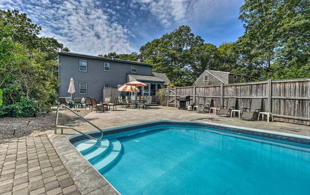 Excellent Spacious East Falmouth House W Pool Game Room Home Interior And Landscaping Ymoonbapapsignezvosmurscom