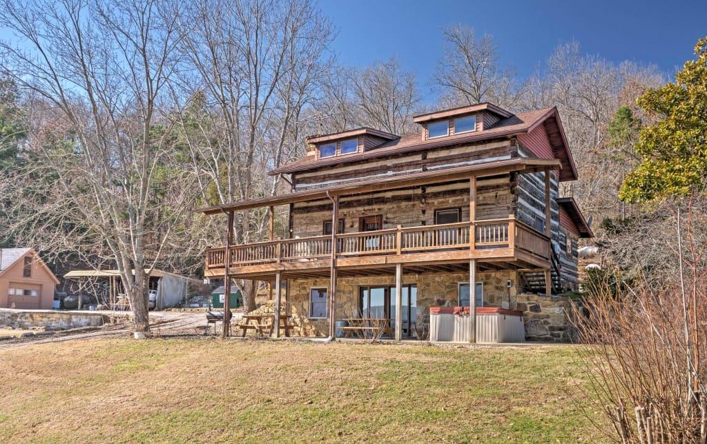 Historic 6BR Derby Cabin W/ Ohio River Views!
