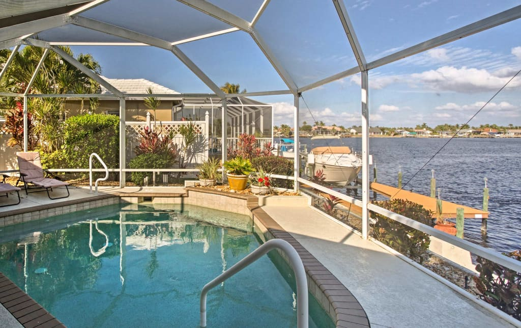 Magnificent Waterfront Cape Coral House W Boat Dock Pool Home Interior And Landscaping Spoatsignezvosmurscom
