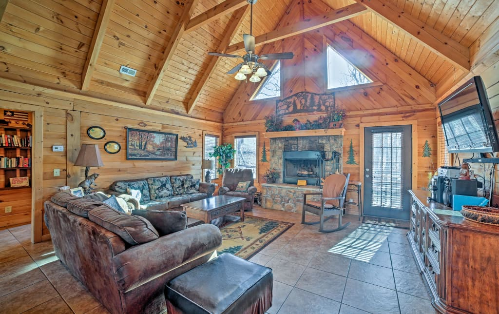 Log Cabin W Hot Tub Fire Pit Mins To Branson