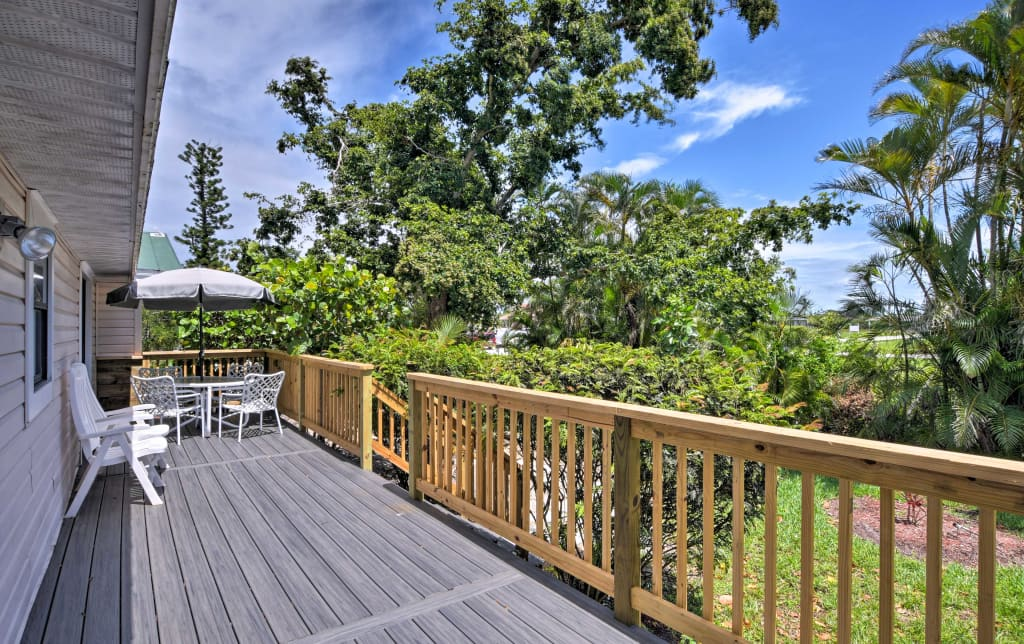 New Marco Island Home W Deck 2 Miles To Beach