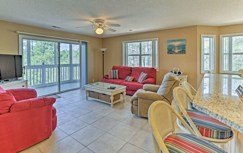 Magnificent Southport Resort Condo W Balcony Pool Beach Access Ibusinesslaw Wood Chair Design Ideas Ibusinesslaworg