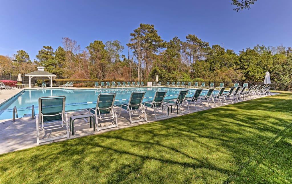 Fine Southport Resort Condo W Balcony Pool Beach Access Ibusinesslaw Wood Chair Design Ideas Ibusinesslaworg