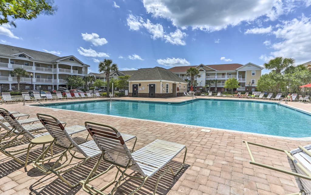 Admirable Bright Resort Condo 3 Miles To North Myrtle Beach Home Interior And Landscaping Mentranervesignezvosmurscom