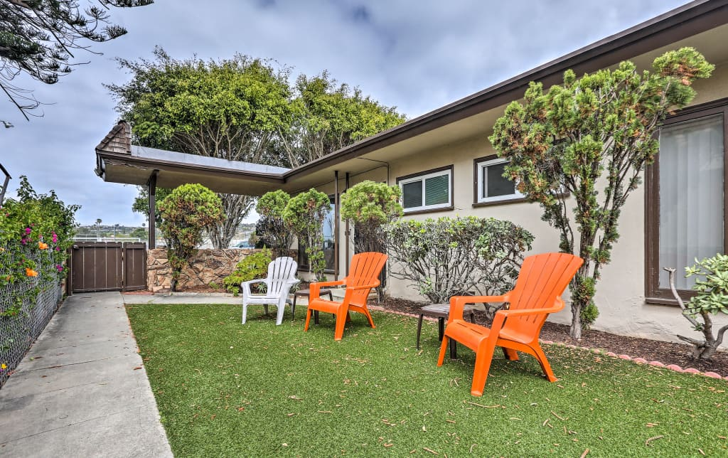 Miraculous Walkable Pacific Beach Apt Less Than 1 Mi To Pier Home Interior And Landscaping Ologienasavecom