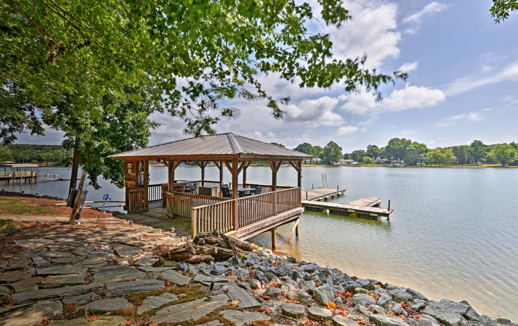 Waterfront Lake Norman Home w/Deck & Private Dock