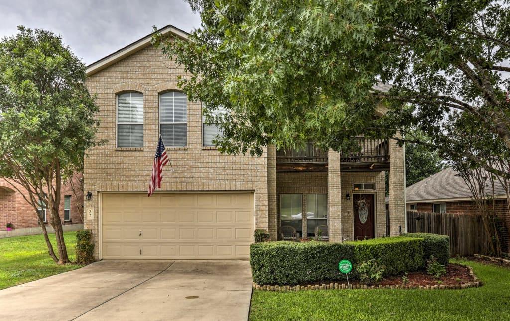 New Lavish Home Wpatio In Northwest San Antonio