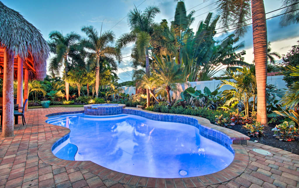 NEW! Tropical Oasis w/Heated Pool in Oakland Park