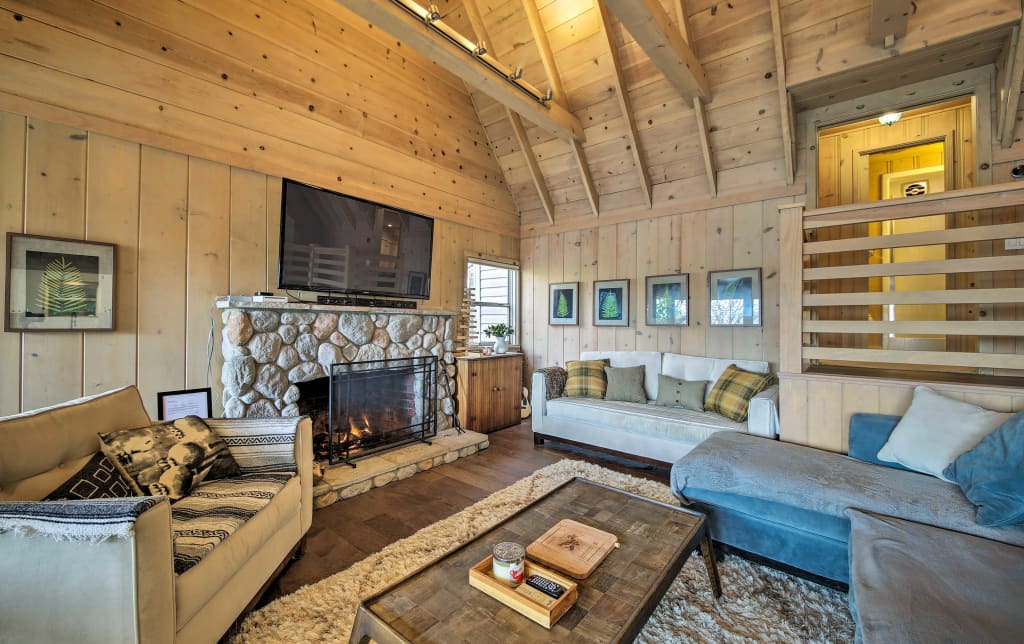 NEW! Lake Arrowhead Home w/ Balcony & Lake Views!